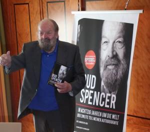 Bud Spencer stellt zweiten Teil seiner Autobiografie vor